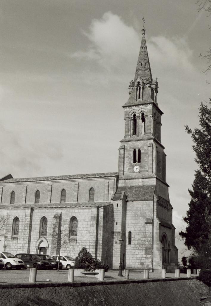 Abzac, l'église Saint-Pierre-ès-Liens