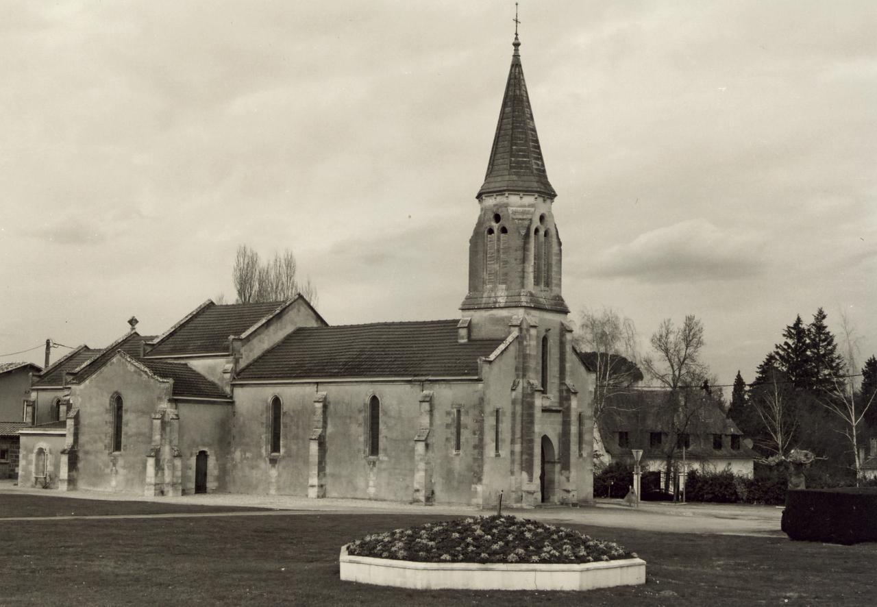 Les Eglisottes, l'église Saint-Pierre-ès-Liens