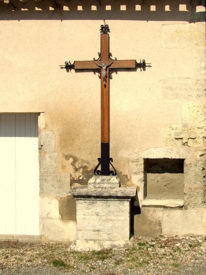 Saint-Aignan, une croix de mission
