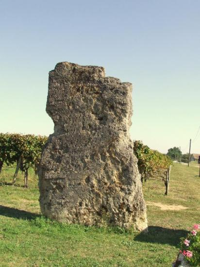 Saillans, le menhir