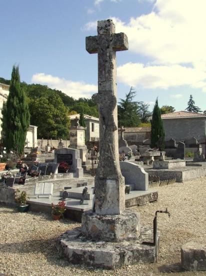 la Rivière, la croix du cimetière