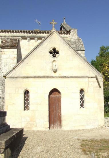 Saint-Germain-la-Rivière, une petite chapelle