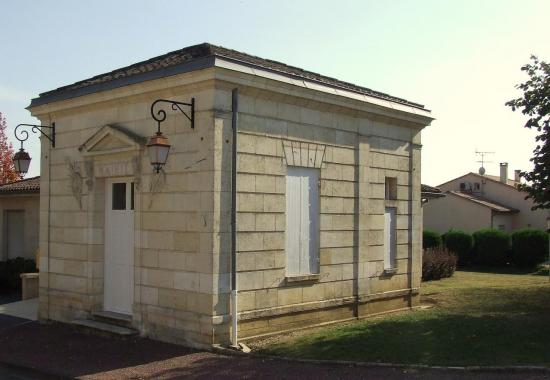 Tarnès, la petite mairie