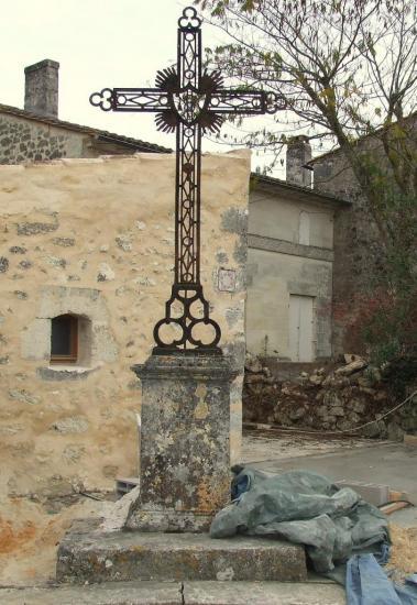Asques, une croix de chemin