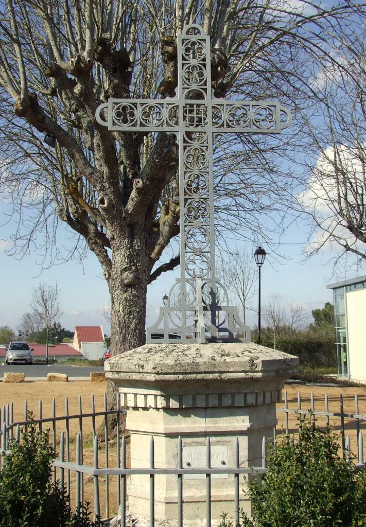 Galgon, la croix de mission 1953