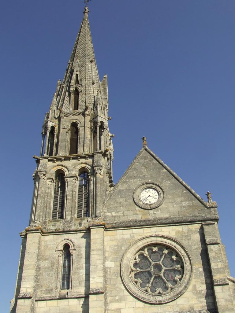 Périssac, l'église Saint-Pierre-aux-Liens, le clocher