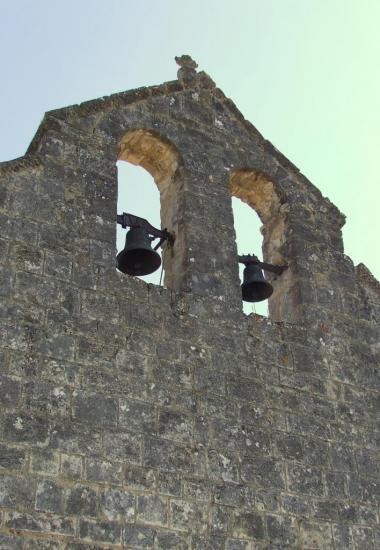 Mouillac, l'église romane Saint-Fort, les cloches