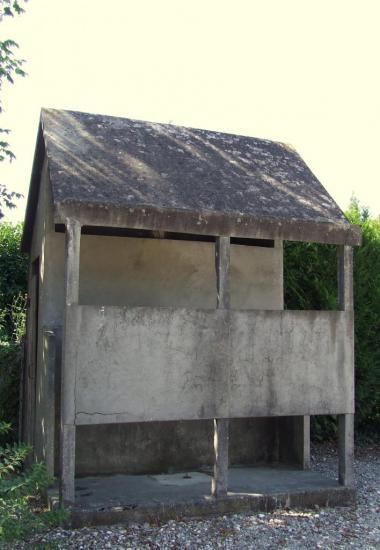Saint-Genès-de-Fronsac, d'anciens WC publics