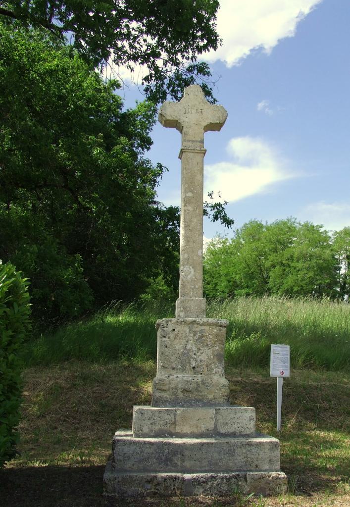 Arveyres, la croix de Fonsegrède