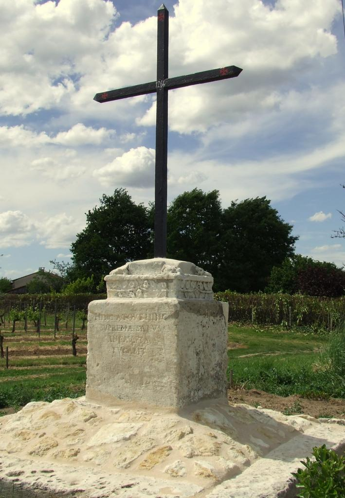 Arveyres, la croix de Barre
