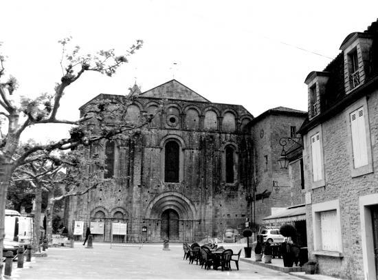 Cadouin, l'abbaye du 12ème siècle.