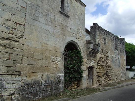 Dardenac, le château de Gaufreteau.