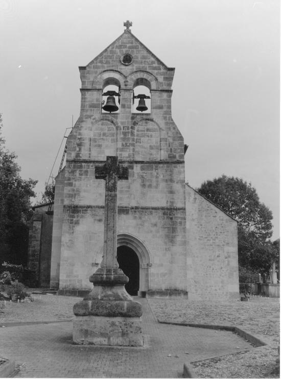 Tizac-de-Lapouyade, l'église Saint-Pierre