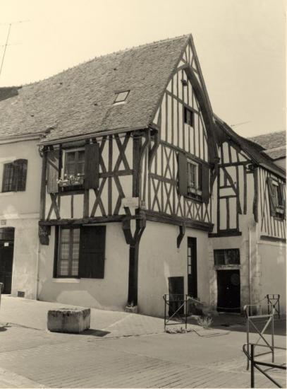 Auxerre, d'autres maisons à pans de bois.