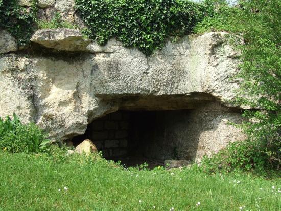 Grézillac, l'abri paléolithique,