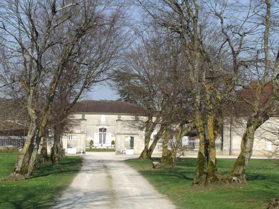 Grézillac, le château Mylord,