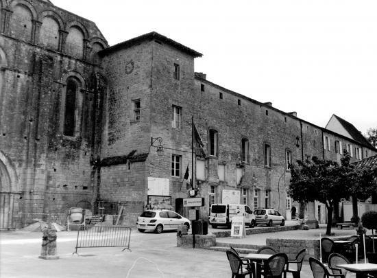 Cadouin, l'abbaye cistercienne.