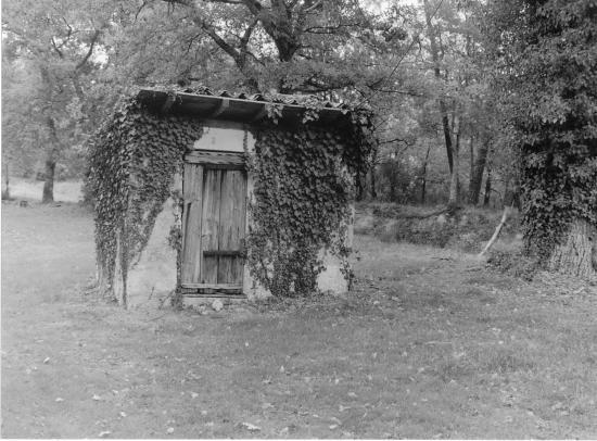 Lagorce, petite maison rustique