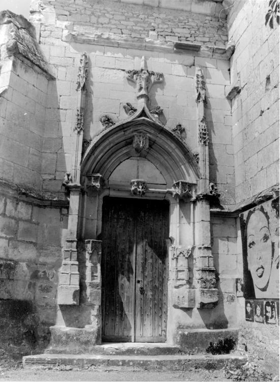 Les Milandes, l'entrée de la chapelle.