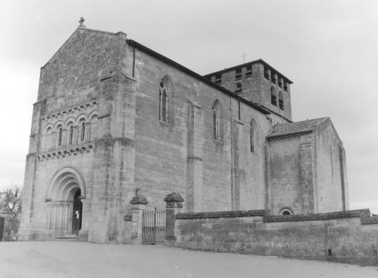 Saint-Denis-de-Pile, l'église Saint-Denis,