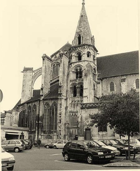 Auxerre, l'église Saint-Eusèbe.