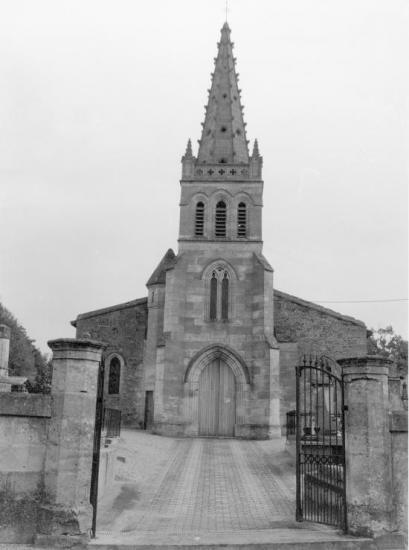 Lapouyade, l'église Sainte-Madeleine, 1543 et 1852,