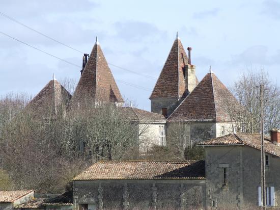 Cabara, le château de Blaignac, 17ème et 19ème siècles