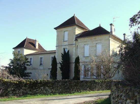 Saint-Aubin-de-Branne, la maison Labroue,