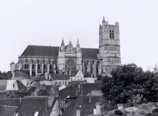 Auxerre, la cathédrale Saint-Etienne.