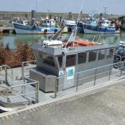 Bourcefranc-le-Chapus, une barge plate pour le transport des huitres.