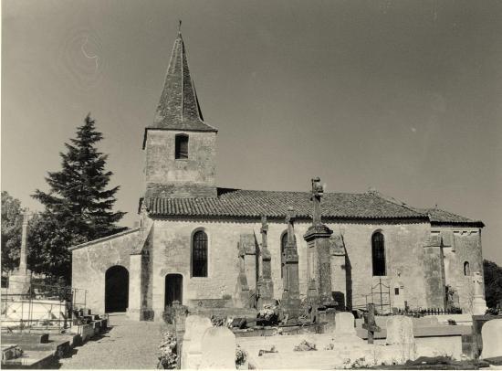 Saint-Ciers-d'Abzac, l'église romane Saint-Cyr,