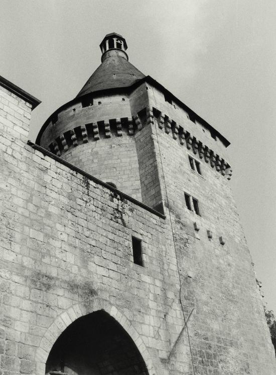 Libourne, la porte du Grand-Port, la tour Richard
