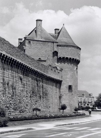Guérande, un dernier tour des remparts.