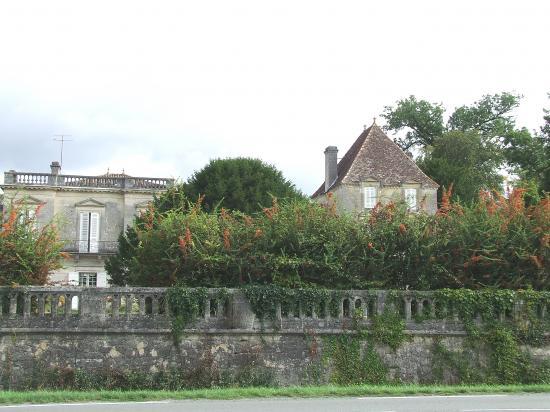 Baron, château de Bellefontaine