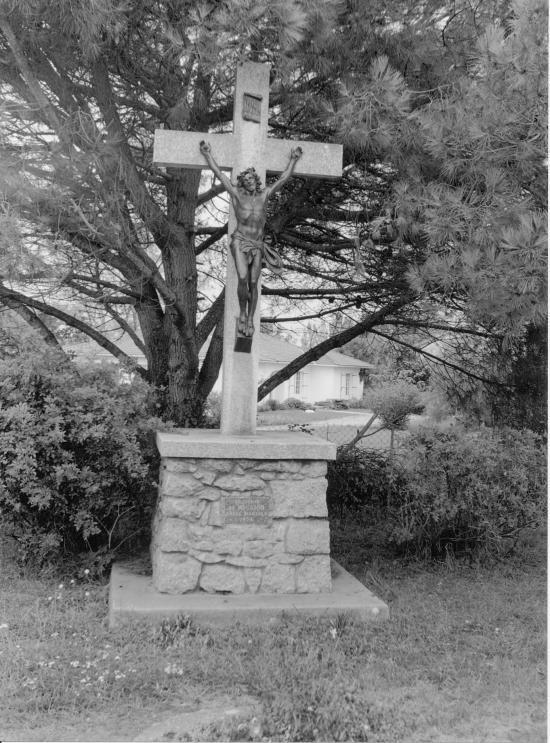 Maransin, une croix de mission 1954.