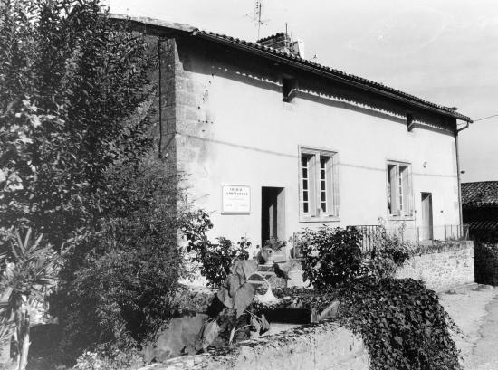 Saint-Christophe-des-Bardes, une maison du 15ème siècle.