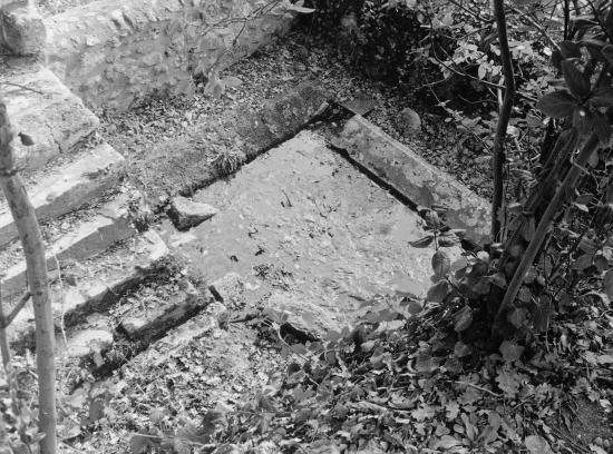 Saint-Hippolyte, un lavoir abandonné.