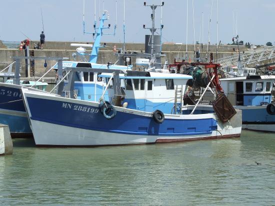 Bourcefranc-le-Chapus, un autre bateau de pêche.
