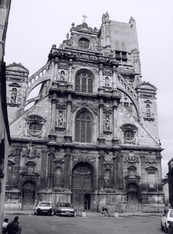 Auxerre, l'Abbatiale Saint-Germain.