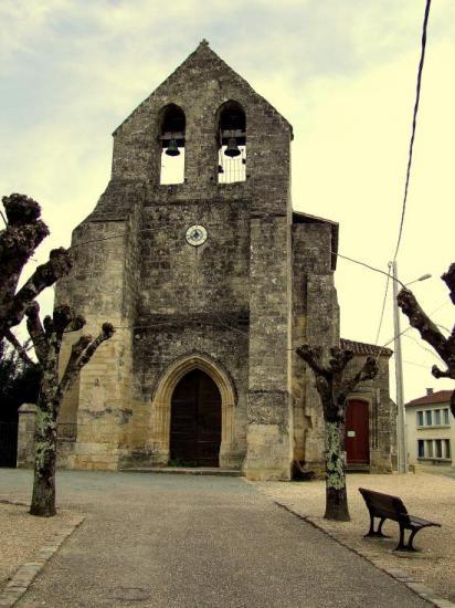 Naujan et Postiac, l'église romane Saint-Pierre,