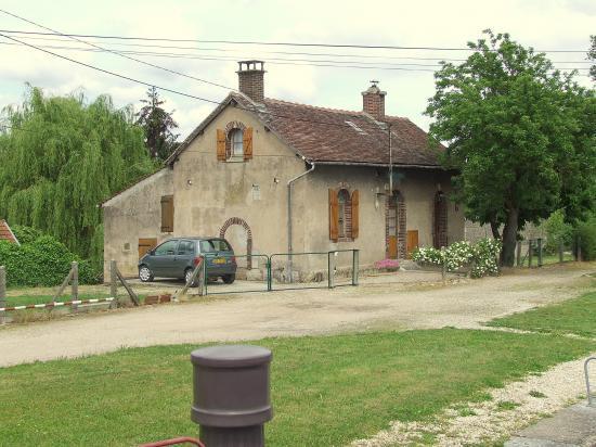 Migennes, la maison de l'éclusière, en ce temps là c'était Mme Monard.
