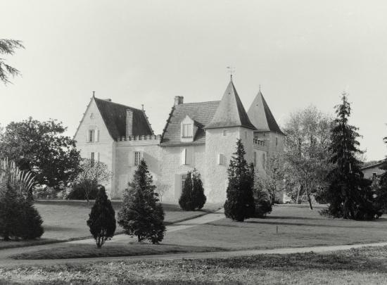 Vayres, le château Juncarret.