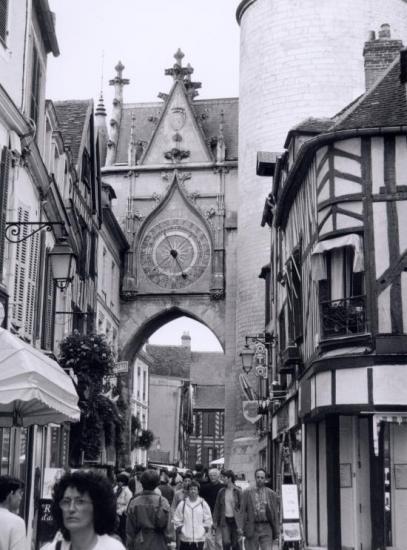 Auxerre, la Tour de l'Horloge.