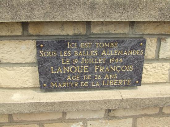 Migennes, une plaque commémorative,