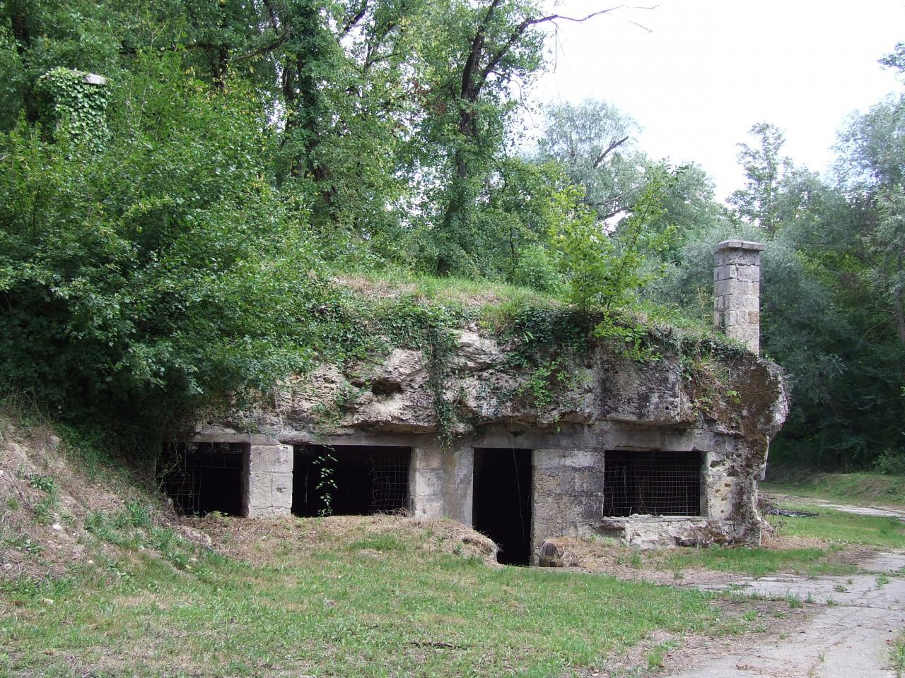 Daignac, carrières et caves